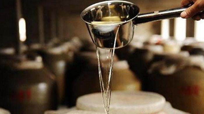 3白酒调味与酒厂酿酒设备制作的基础酒的关系-陈酒-老酒