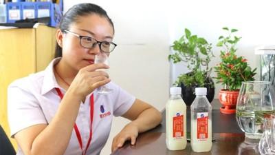 在雅大白酒蒸馏设备品酒师眼中,好酒一条线被称为好酒的标准!