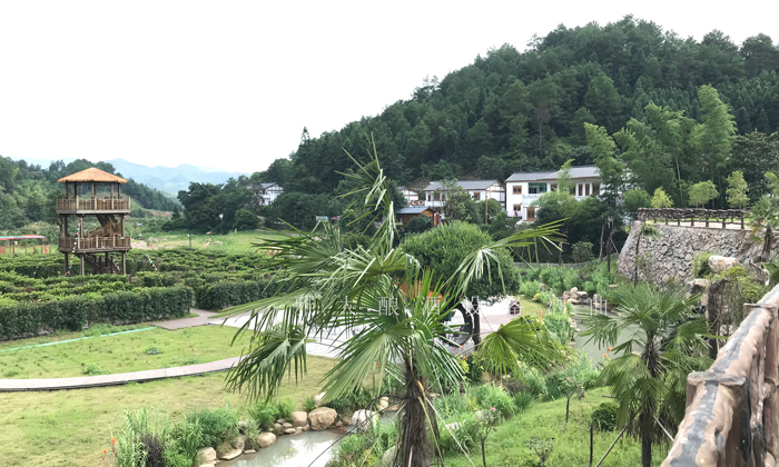 10.7新月畲族村