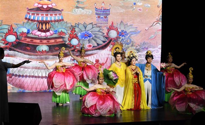 9著名晋剧表演艺术家张香兰演唱歌曲《清凉山颂》