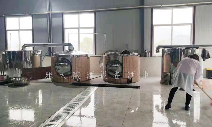 10.8陈义军的2套雅大500斤电加热酿酒白酒设备