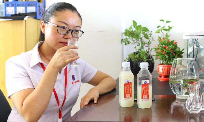 9.9为学员品酒,帮忙改善酒质