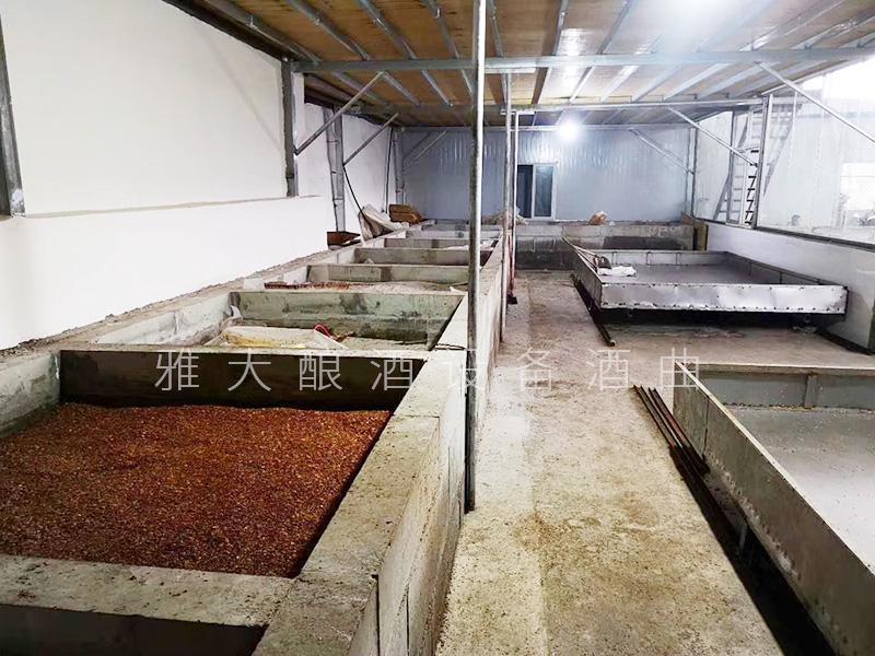 """8.9窖池就是用来发酵粮食的""""坑"""""""