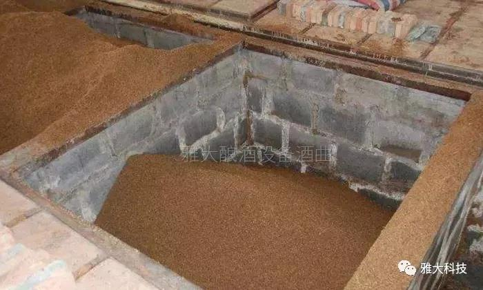 建议建高*宽*高=1*1*0.8的窑池14个左右