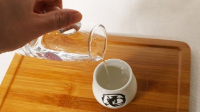 【小型白酒设备】它在白酒中的占比不到1%,却对口感起着大作用