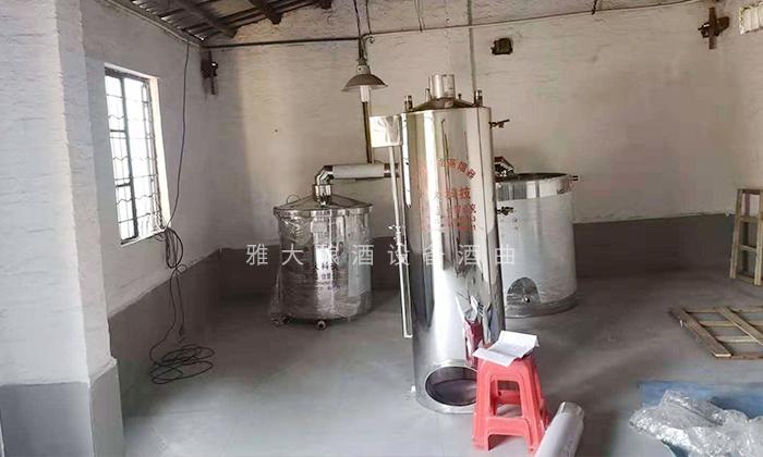 7.29纯粮酿酒设备