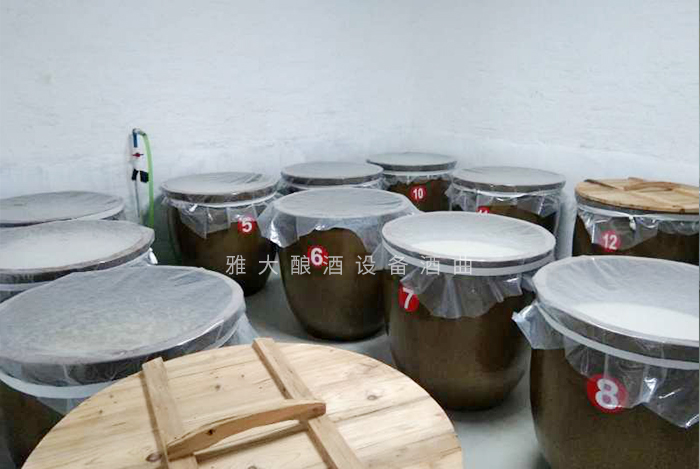 7.29用带编号的陶缸发酵