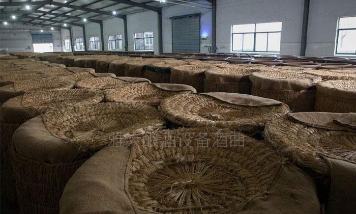 1.9冬季发酵保温方法—在外面泡稻谷编的被子
