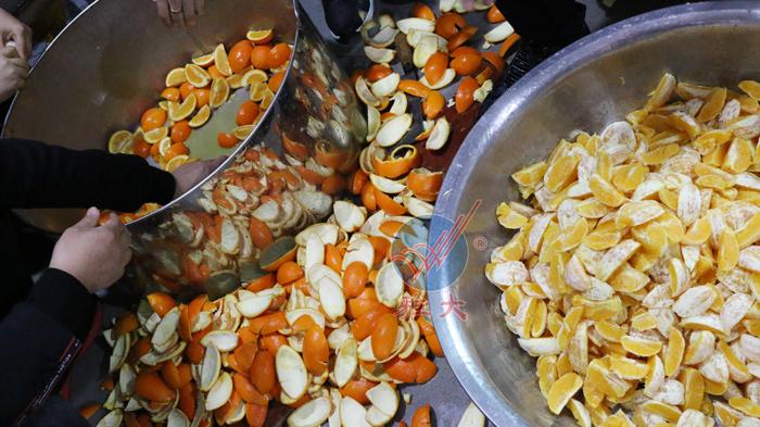 1、橙子酒酿酒技术-切开去皮