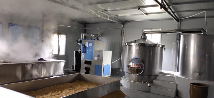 823用雅大蒸煮摊凉酿酒设备做酒,干净卫生