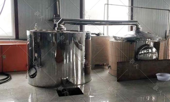 6.6雅大白酒蒸馏设备