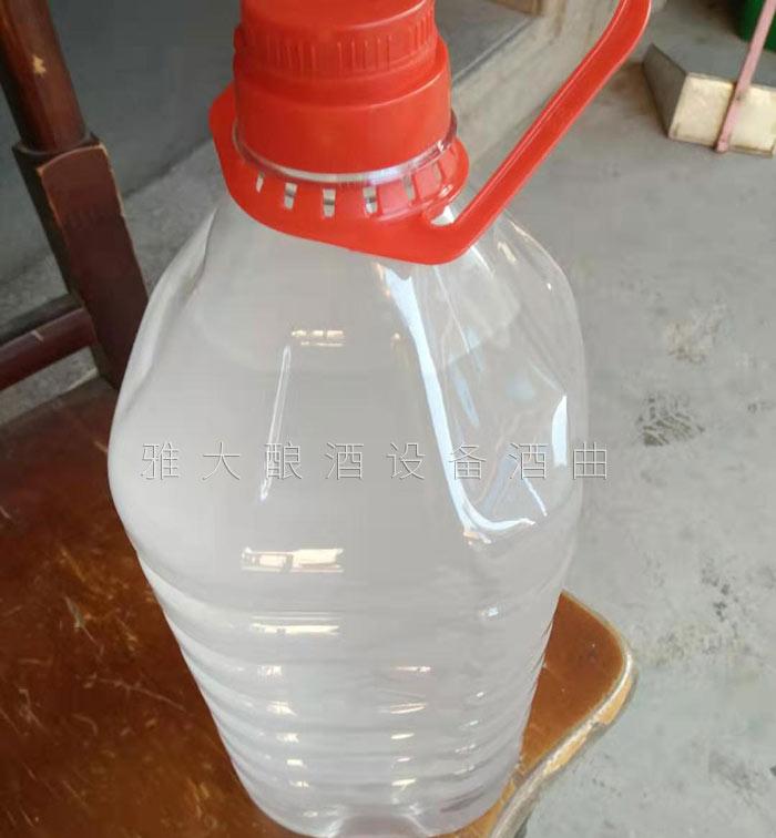 4.10气温变低,白酒中的大分子物质析出