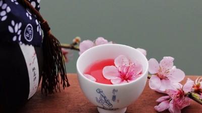 鲜花酿酒,用小型白酒设备让花香留在酒里,你想学吗?