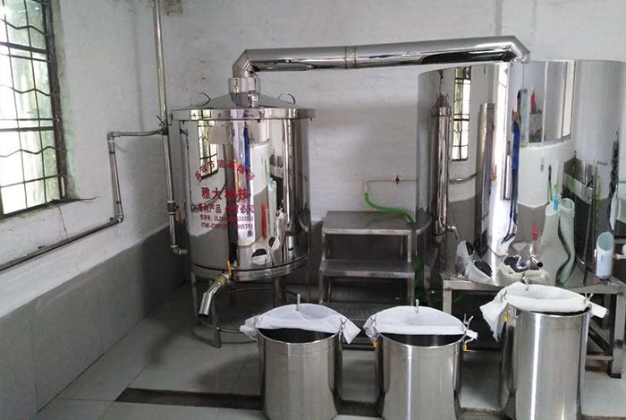 11.8建议用小型白酒设备蒸馏的纯粮酒泡酒