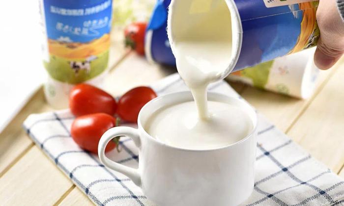 4.17饮酒前先喝一杯酸奶