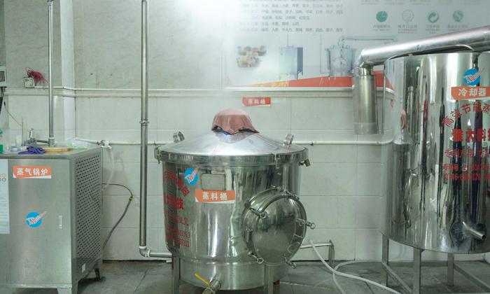 5.19 300型酿酒设备