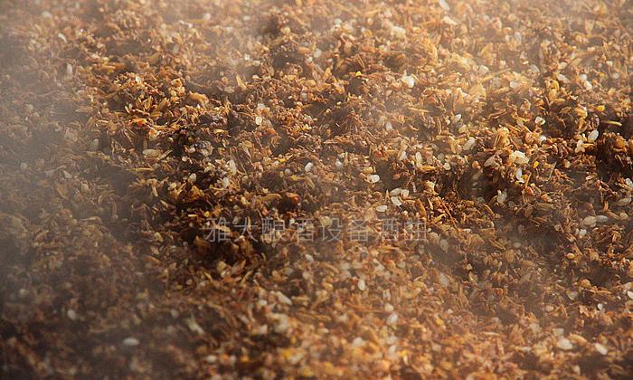 7.3白酒蒸馏设备蒸酒时加入稻壳,可起到疏松的作用