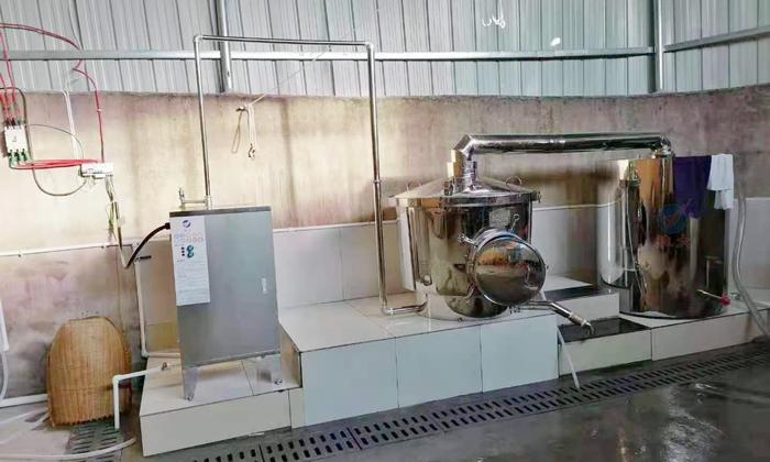 3.21 200型电加热侧开口酿酒设备