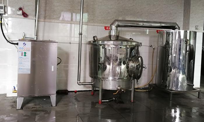 10.22雅大电加热酿酒设备