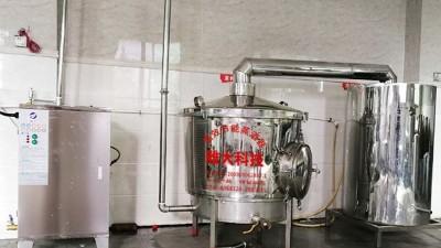 电加热酿酒设备蒸酒时这样做,让酒分子无处可逃,提高出酒率