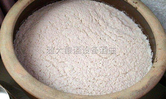 从雅大回去后,李树刚酿造的大米酒顾客更喜欢了